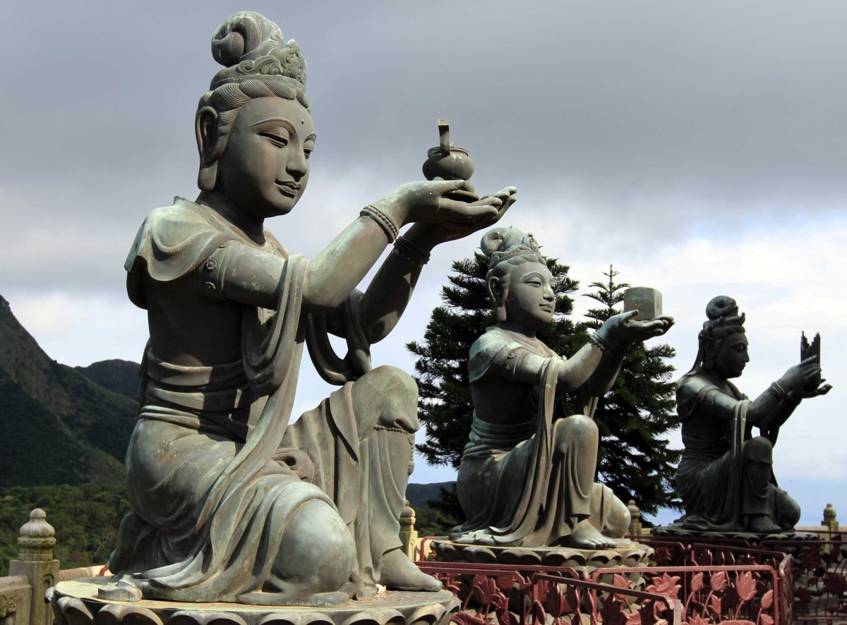 biggest buddha statue new galactic cycle sept 20 oct 17 electric moon of 10105
